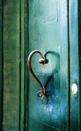 door-heart-love