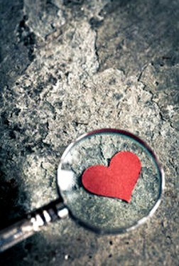 magnified-red-heart-magnifying-glass